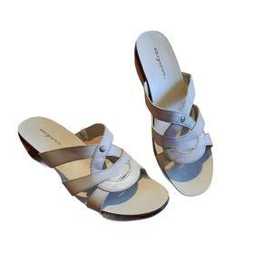 Easy Spirit Womans Sandals Size 8N